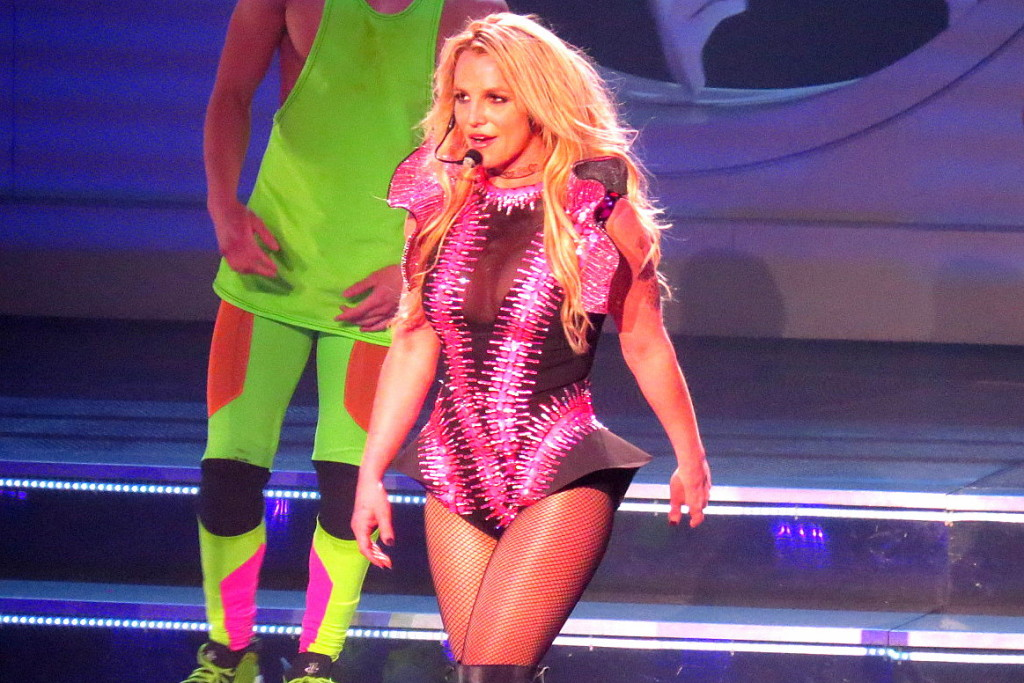 Britney-Spears-no-show-Piece-of-Me-no-The-Axis-at-Planet-Hollywod-em-Las-Vegas